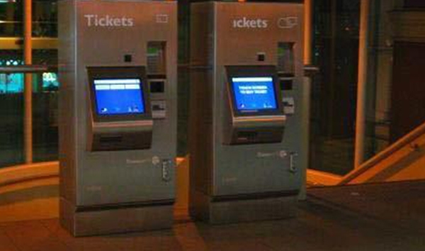 Perth Rail and Ferry Ticketing Vending Machines – E700